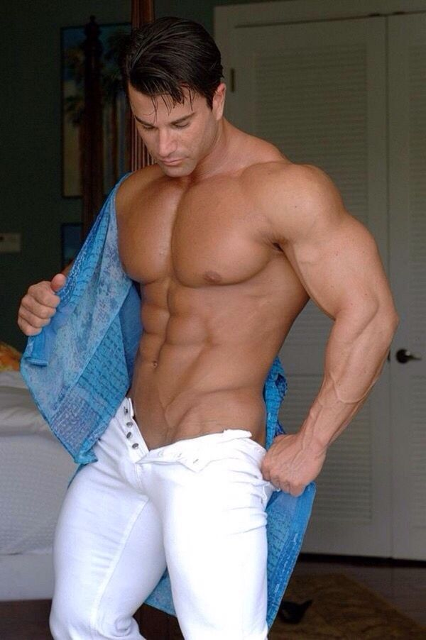 Muscle hunk photos