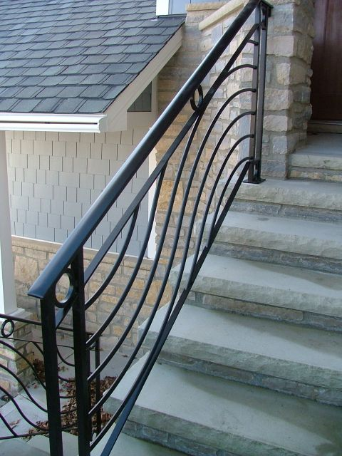 Horizontal Wave Railing With Cirlces Finelli Ironworks Stair