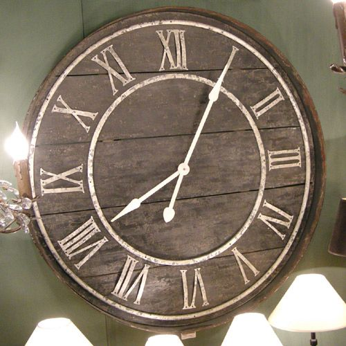 Horloge en bois et fer vieilli arts plastiques pinte for Horloge en fer