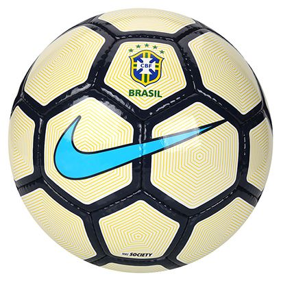 c37e2285bf O Brasileiro tem a ginga nos pés e mostra isso nos dribles. Com a Bola