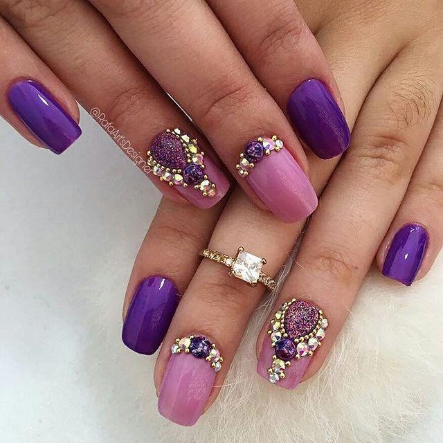 WEBSTA @ rafaartsdesigner - www.tatacustomizaçãoecia.com.brPedrarias para  orçamento e comprá⬆ Que lindo roxi… | Diamond nail art, Heart nail designs,  Gold nail art