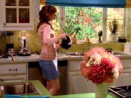 Rory S Pool House Gilmore Girls Decor Gilmore Girls Gilmore