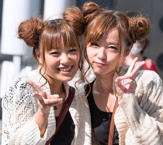 Two Japanese Girls Japanese Hairstyle Double Hair Buns Bun Hairstyles