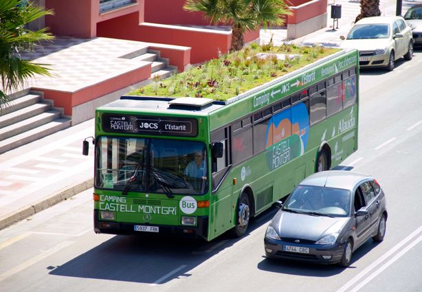 Phytokinetic Lightweight Green Roof System For City Buses And Vehicles Is Made Possible By 7 Centimeter Thick Hydro Green Roof Green Roof System Urban Garden