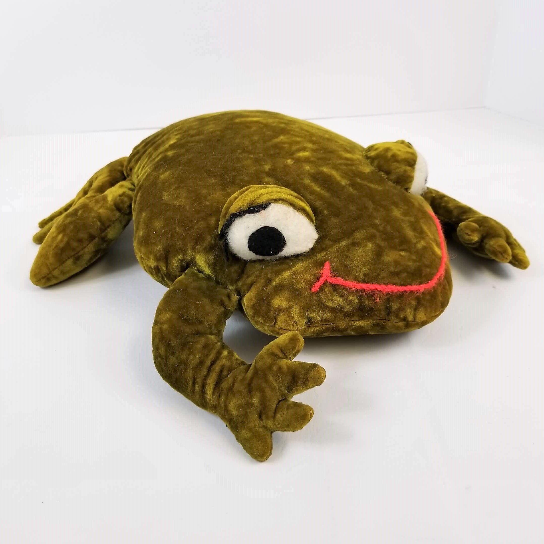 6c7d0d71717fa5 Vintage Green Velvet Frog Stuffed Animal Plush Pillow Big Eyes Handmade by  TraSheeWomen on Etsy