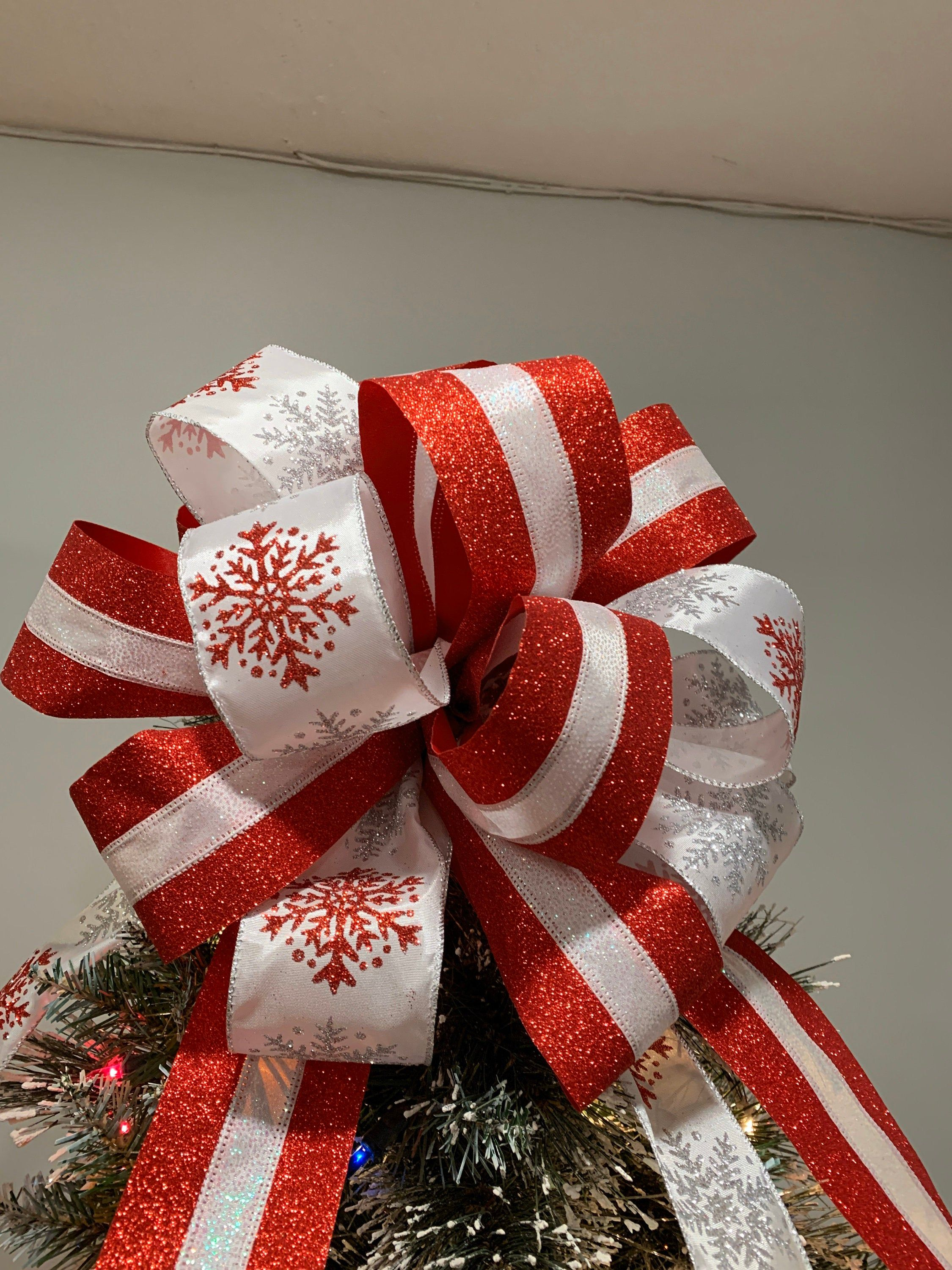 Large Christmas Tree Topper Bow Red And White Glitter Ribbon And A White Ribbon With Red And Sil Tree Topper Bow Large Christmas Tree Christmas Tree Topper Bow