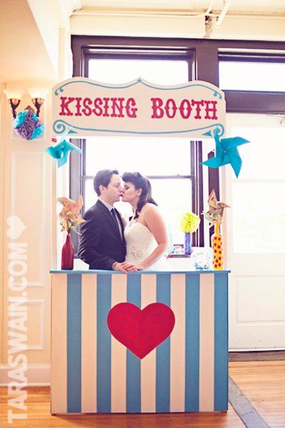 A kissing booth - We love it! #kissingbooth #uniqueweddings #uniqueweddingideas {Birds of a Feather Events}