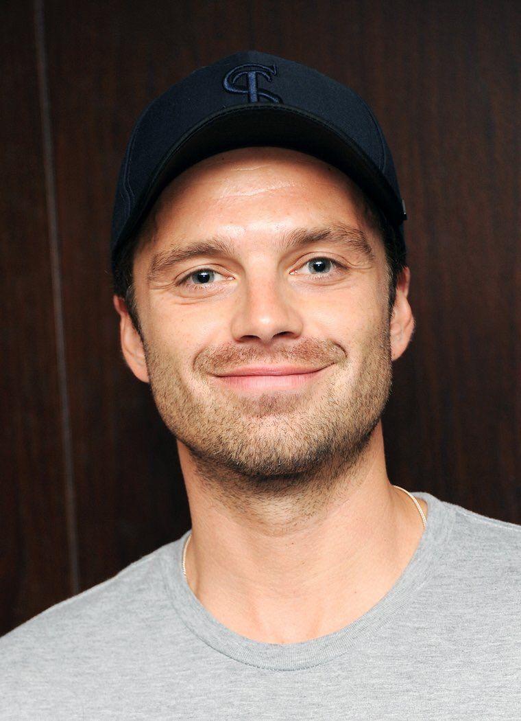Fc Sebastian Stan Spades Jayson Hes A Pretty Nice Guy Usually