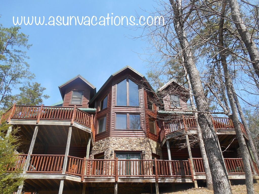 tn for discount gatlinburg pigeon large indoor cabins forge luxury military cabin with rentals groups pool