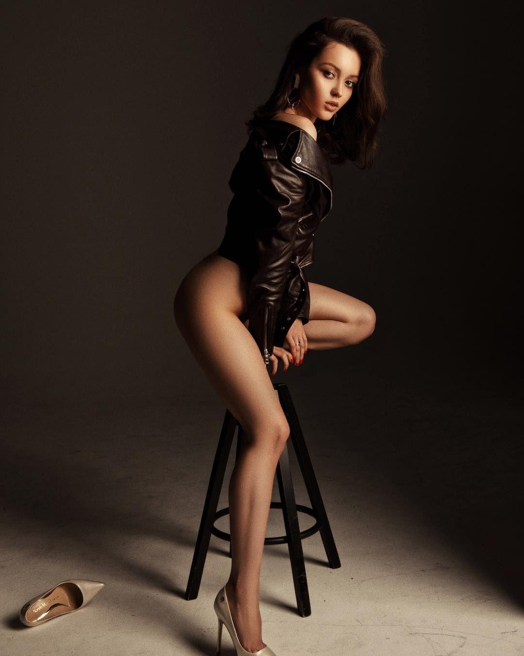 Нужна девушка модель москва веб девушка модель из омска