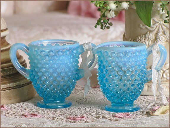 i have this little hobnail creamer and sugar bowl.... so sweet