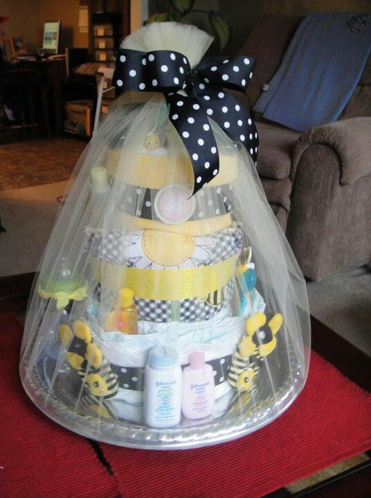 Bumble Bee Diaper Cake Crafts In 2019 Simple Baby Shower