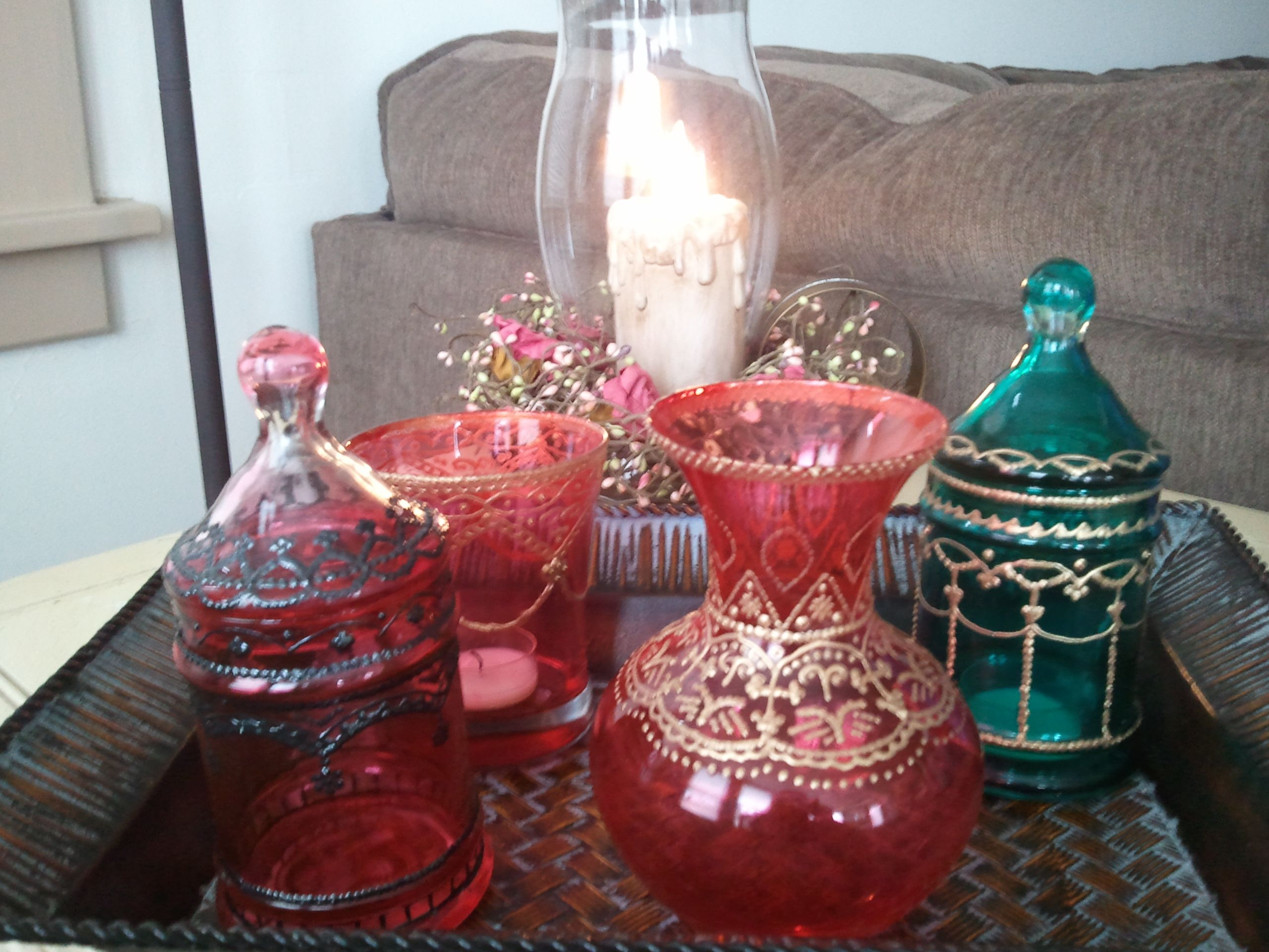 Moroccan inspired candle lanterns with fabric paint. #diy #moroccan #glass #candle