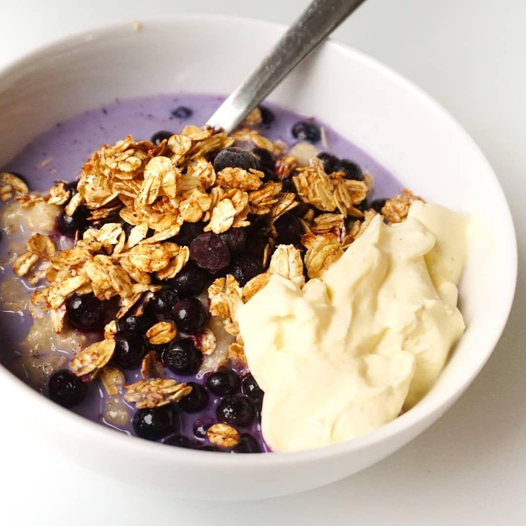 gröt med smak av blåbärspaj 😍 koka gröten som vanligt och smaksätt