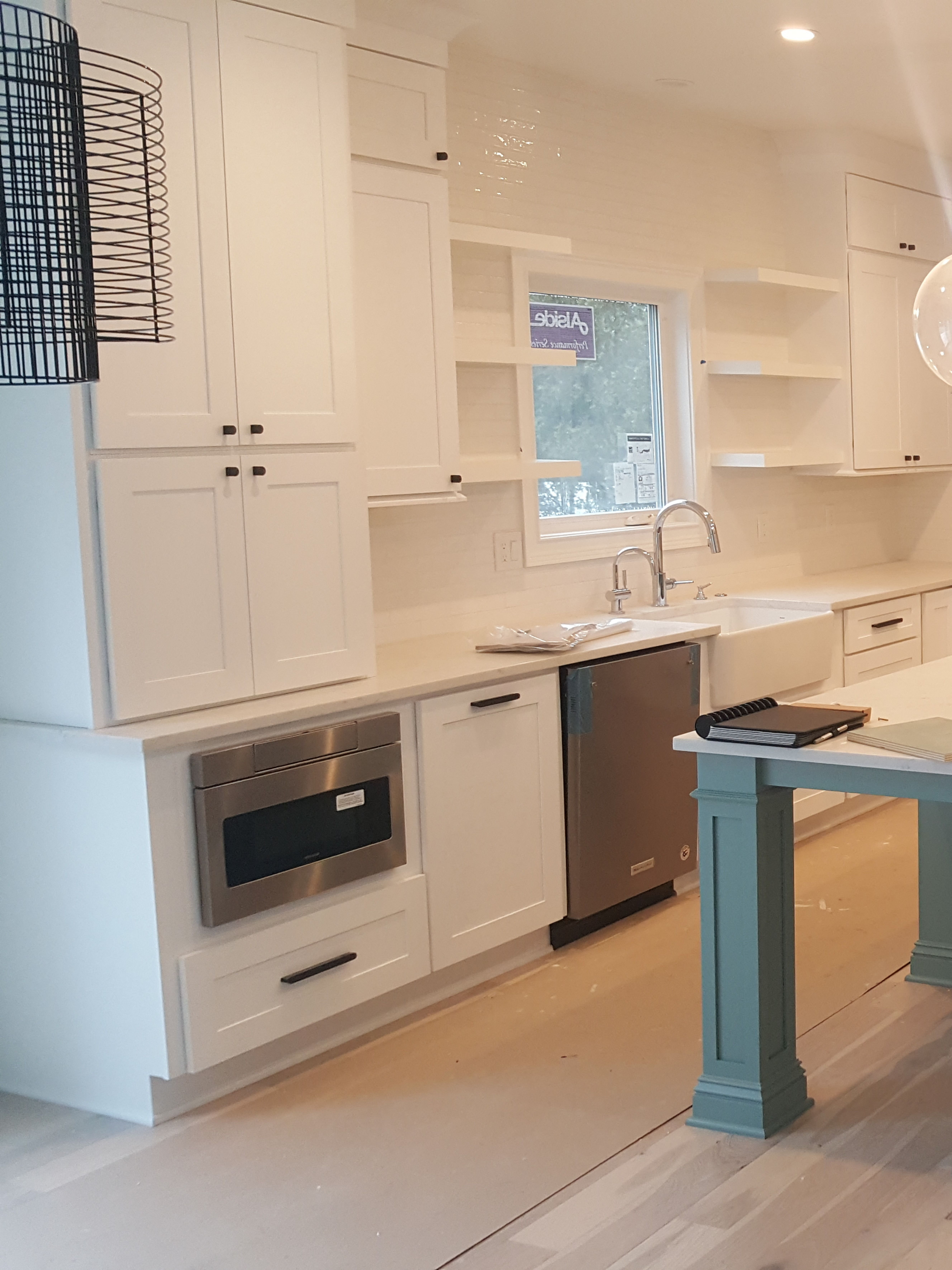 White Kitchen Cabinets Lily Ann Cabinets Wholesale Kitchen Cabinets Modern Kitchen Room Kitchen Decor Styles