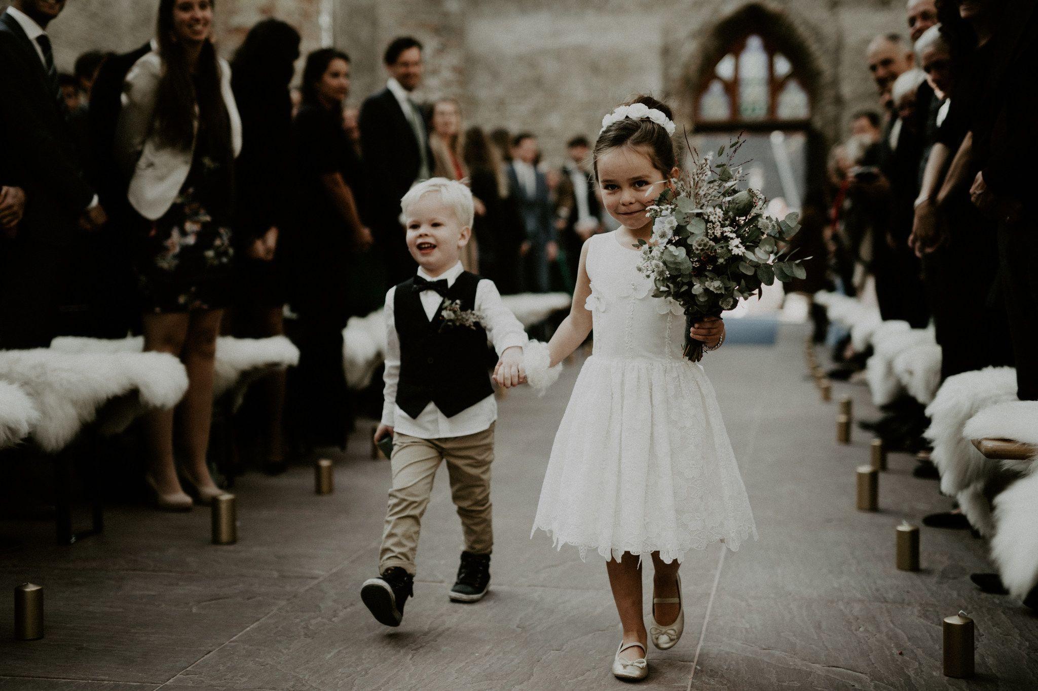 Blumenkinder Hochzeit Blumenkinder Hochzeit Hochzeit Kirchliche Hochzeit