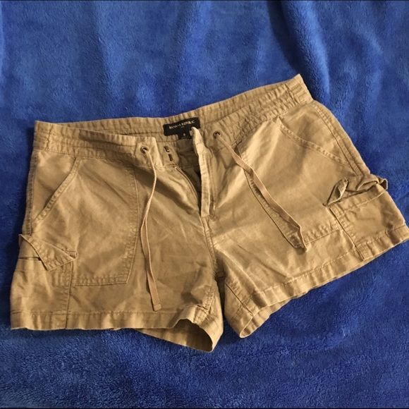 Banana Republic Sunwashed Taupe shorts Size 8. Worn once and washed. Excellent condition. Perfect for summer!  No trades or Paypal. Banana Republic Shorts