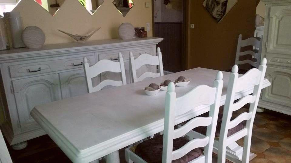 relooking d 39 une salle manger en bois avec de la peinture. Black Bedroom Furniture Sets. Home Design Ideas