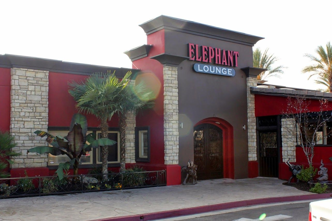 This is the entrance to the Elephant Lounge in Clovis, Ca. There's plenty of parking and we're located conveniently on 80 W. Shaw Avenue.