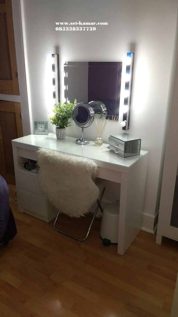 Meja Rias Lampu Simple Ikea Dressing Table Ikea Malm