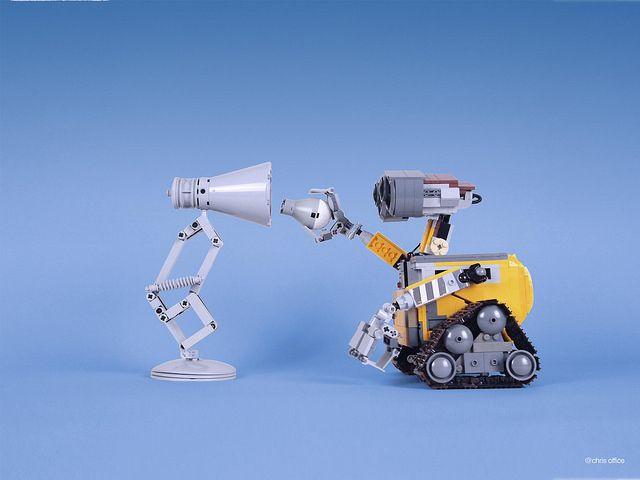 Cute Pixar Desk Lamp Made With Lego Id Lights Lego Cool Lego Creations Lego Wall E