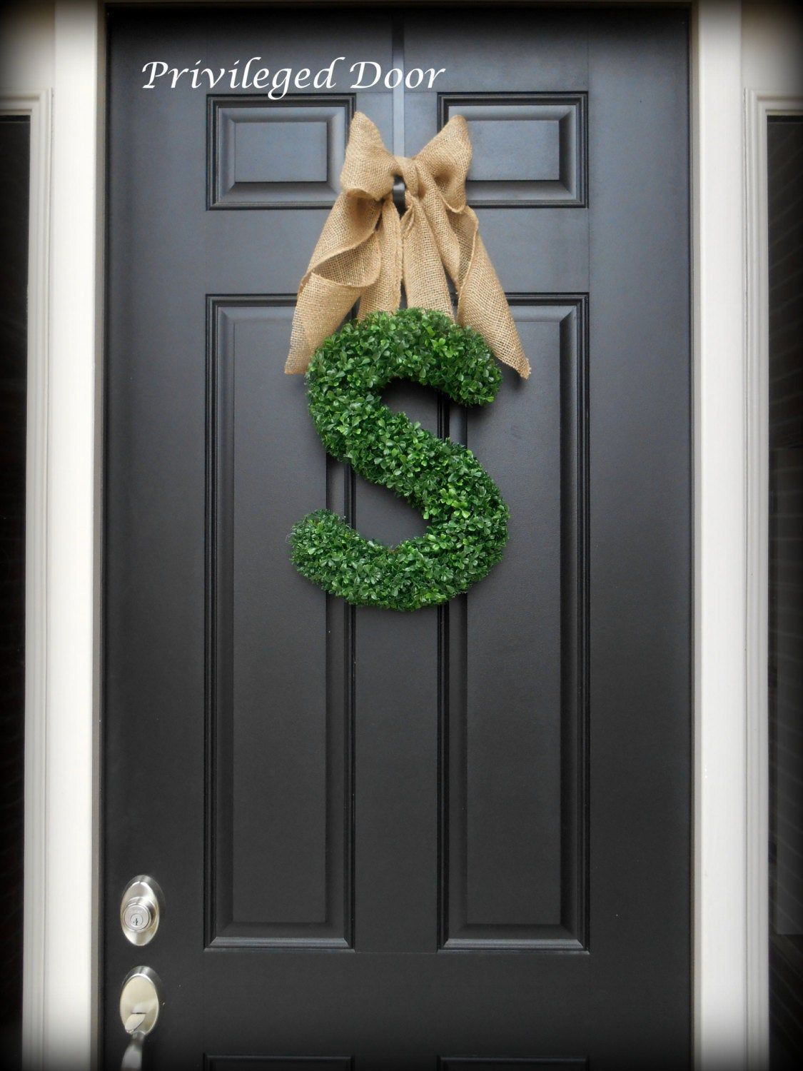45 Unique Christmas Wreaths for Every Style Imaginable