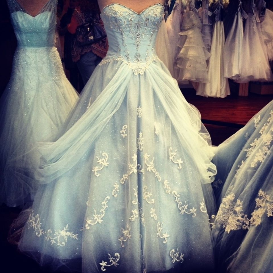 228f cinderella wedding dress cinderella wedding for Wedding dress disney collection