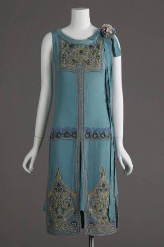 1927 Art Nouveau wedding dress: silk crepe, glass beads, metallic ...