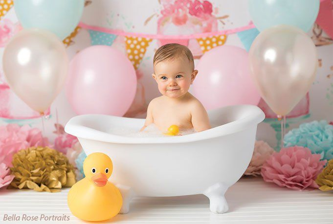 This Light Weight Child S Bathtub Photography Prop Is Made Of
