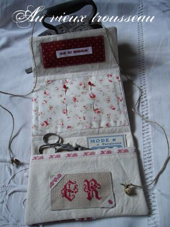 needleworks wallet