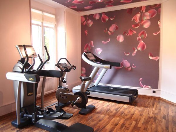 Lovely decoration at contemporary home gym using cute home gym