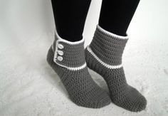 Photo of Warm and quickly crocheted house socks (size 36-43)