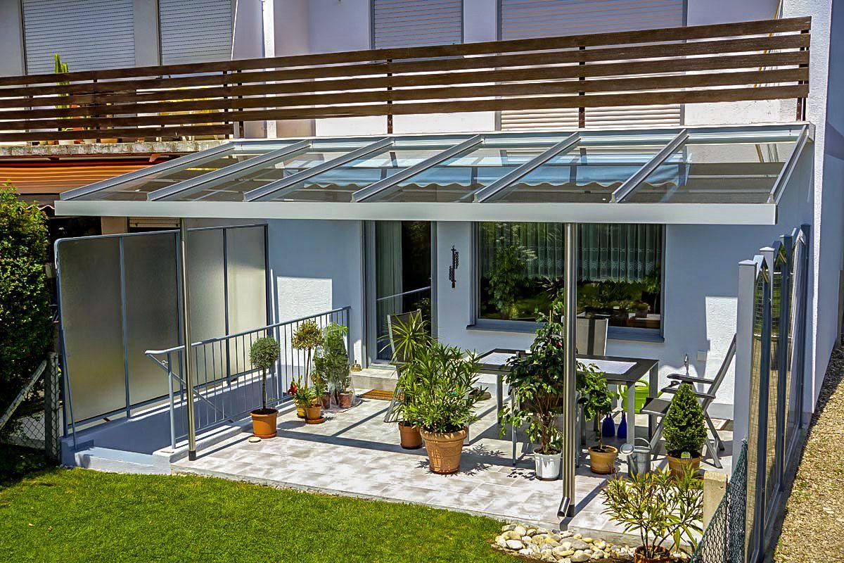 terrassen berdachung aus alu und glas an reihenhaus mit balkonanschluss von mwk aus mering. Black Bedroom Furniture Sets. Home Design Ideas