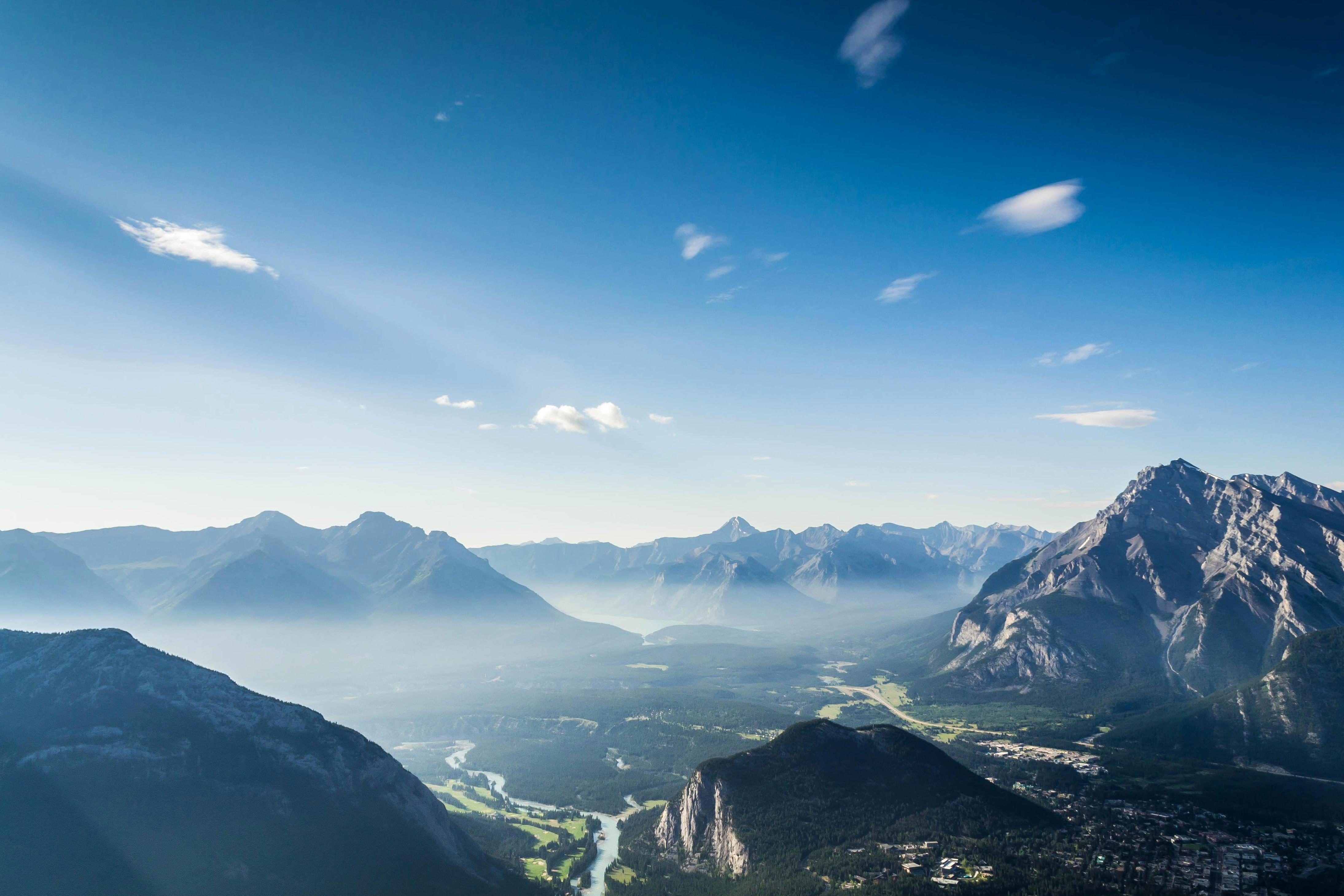 Bildergebnis für berge blauer himmel