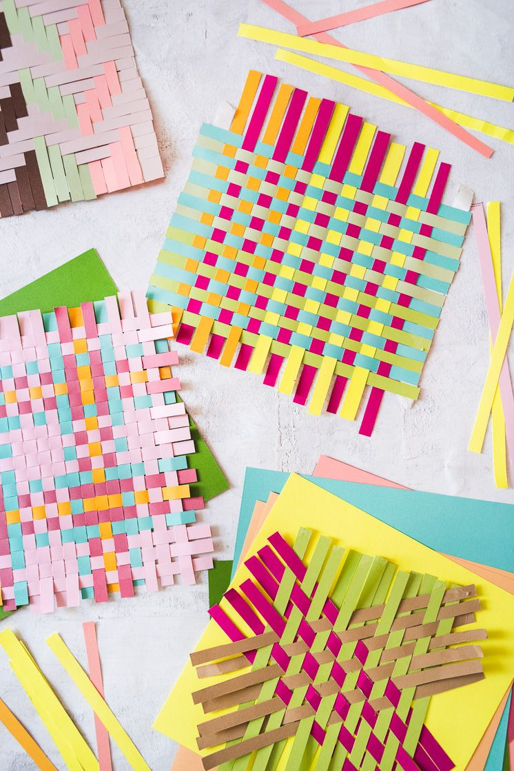 Click here to learn how to make fun paper weavings using recycled magazines! Your kids will love these simple projects and it will keep them busy while social distancing!    #recycledcraft #sustainable #ecofriendly #easycraft #simpleprojects #kidscrafts #socialdistancingideas #quarantinecrafts #homeschoolideas