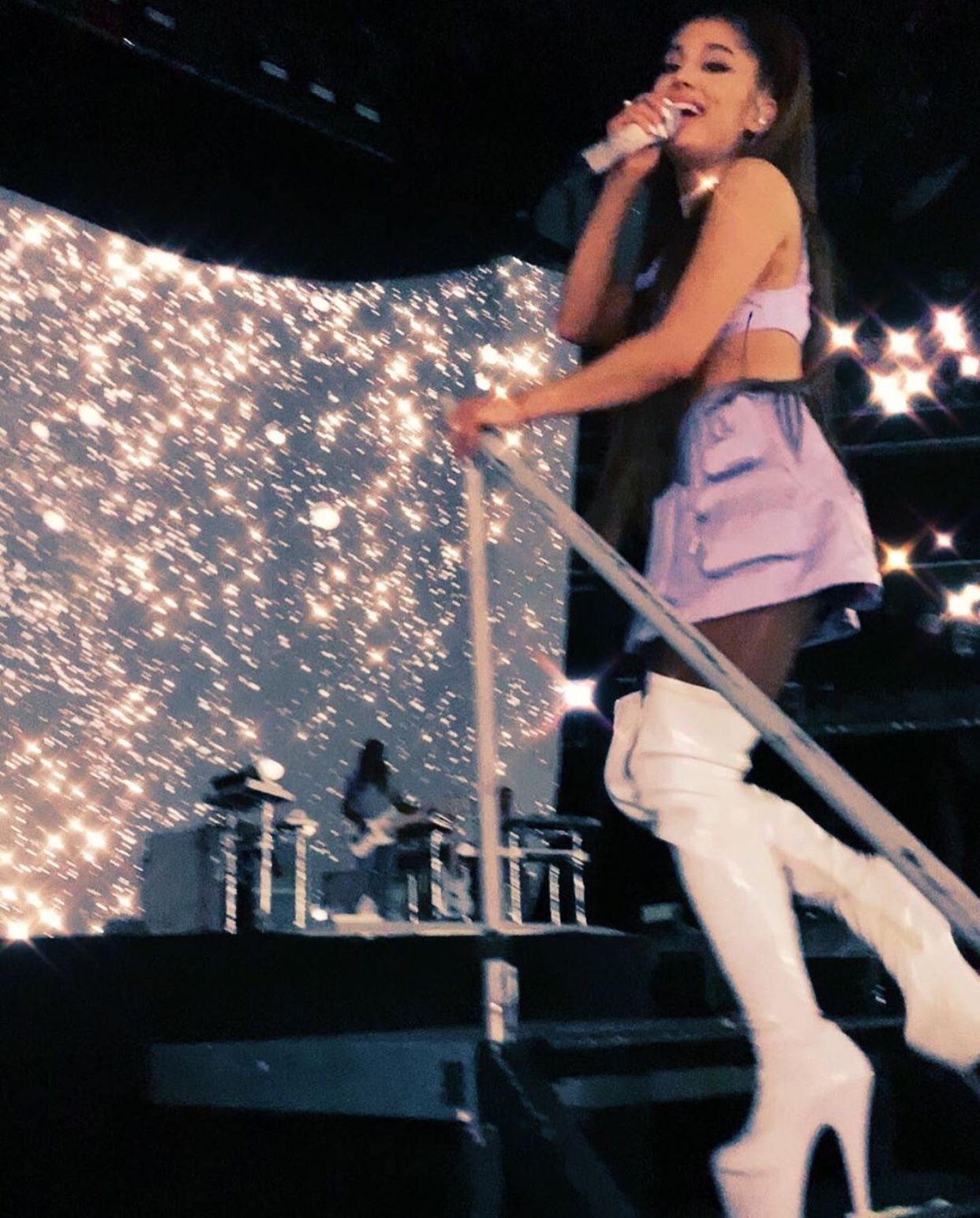 Shes So Pretty Sheesh Ariana Grande Photos Ariana Grande