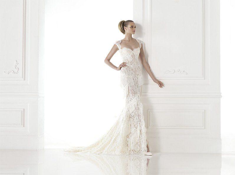 Brautkleid Modell Carendina aus der Atelier Pronovias-Kollektion ...