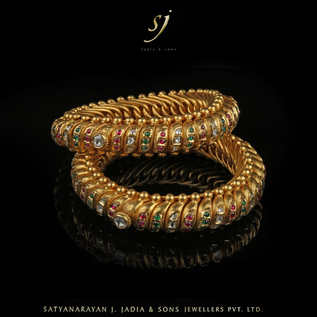 18th Century Design Of Rajasthan Called Sutarla Bangles Gold