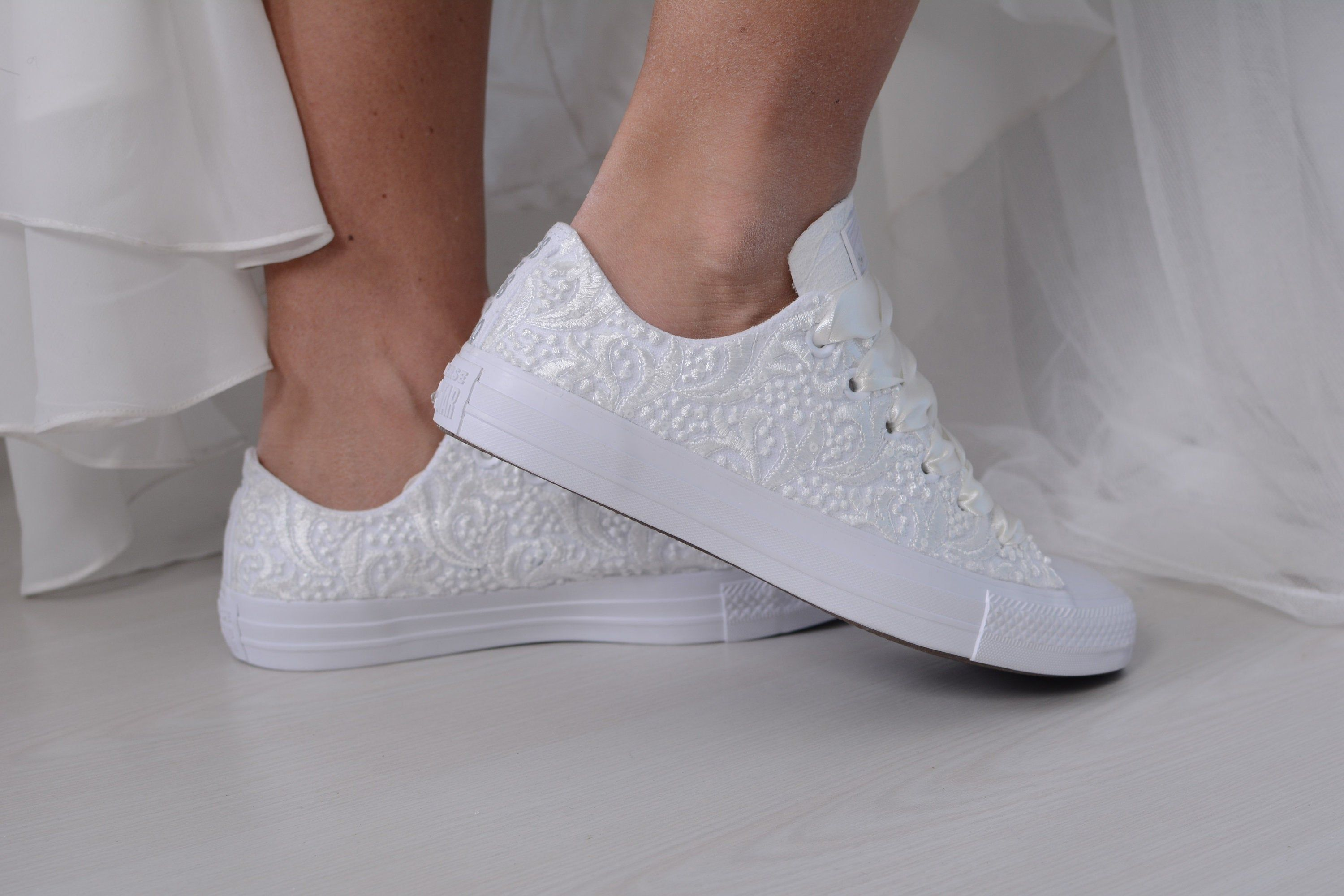 Luxory Ivory Wedding Converse Lace Low