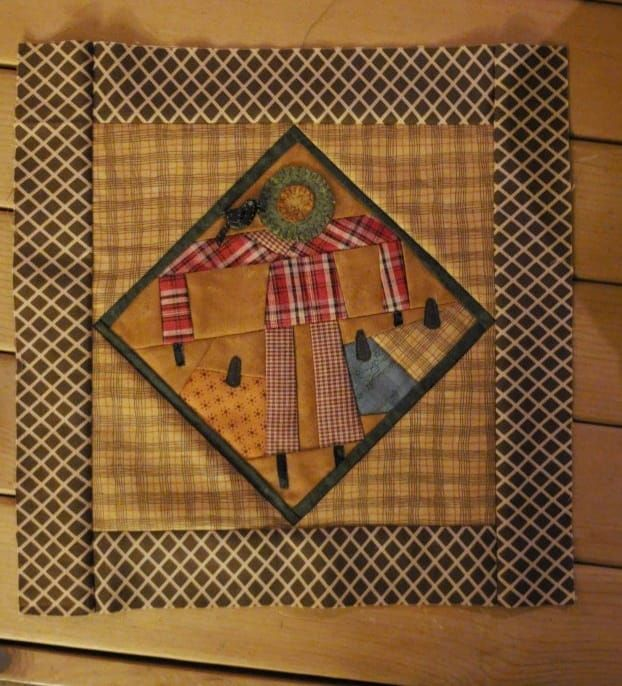 Holiday Decor Image By Linda Runolfson On Quilts By Cheri