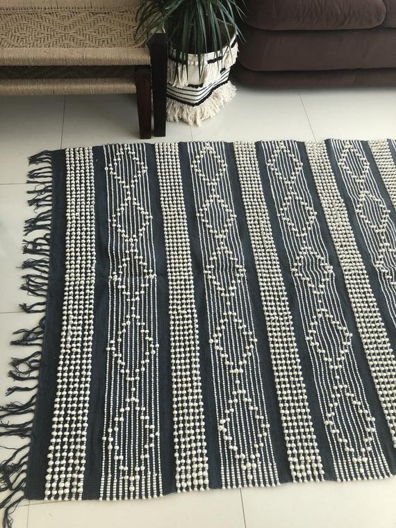 Scandinavian Rug Grey Farmhouse Rug 5x8 Wool Handwoven Rug Etsy In 2020 Scandinavian Rug Rugs On Carpet Boho Area Rug