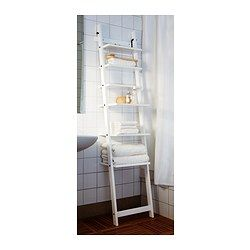Hj lmaren estante de pared blanco ikea guestroom for Escalera toallero ikea