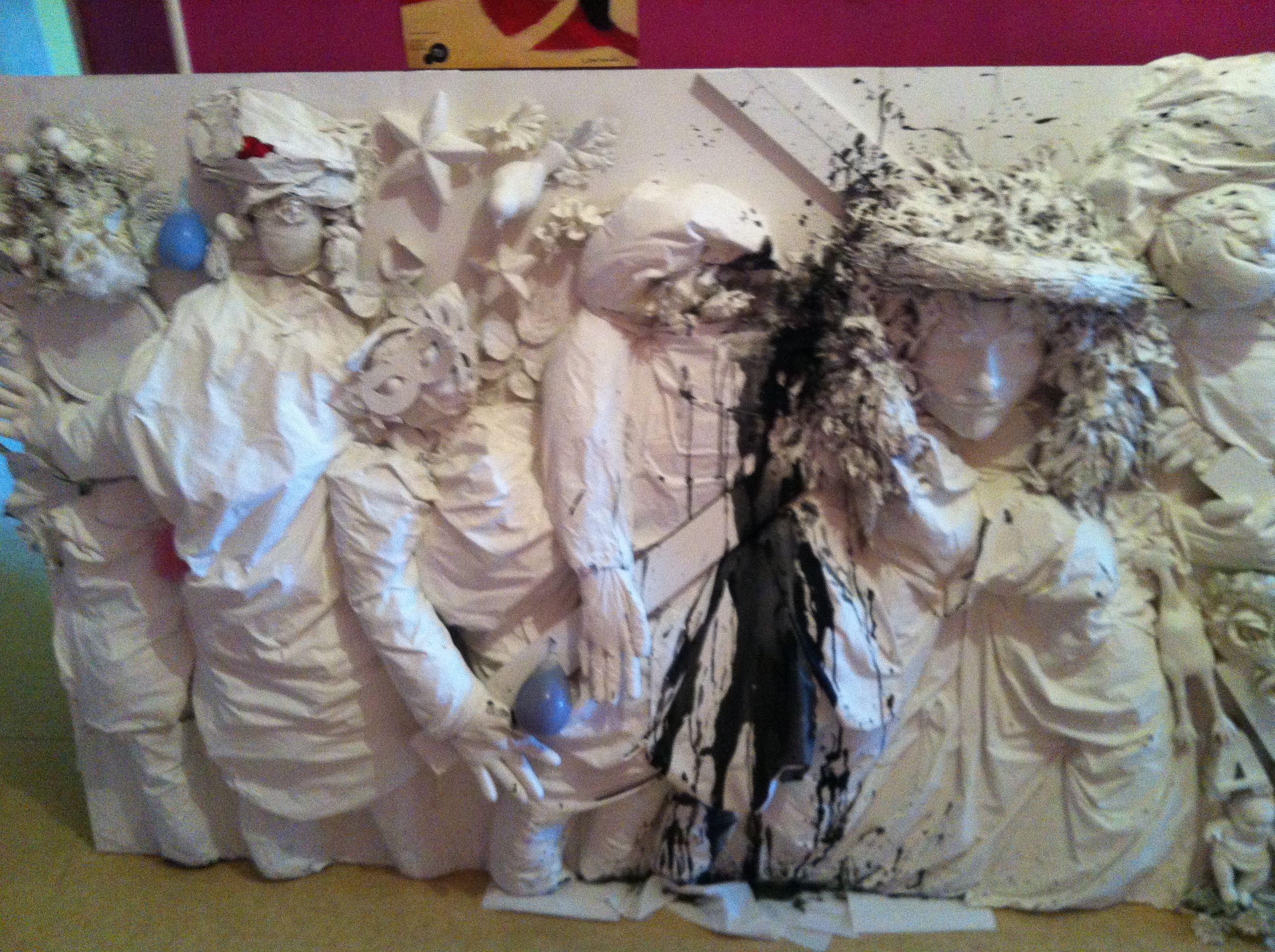 """Reprise d'une fresque du Prieuré de Mont Saint Martin - """"La Montée au calvaire""""- à la manière de Niki De Saint Phalle. www.fondationsolangebertrand.org"""
