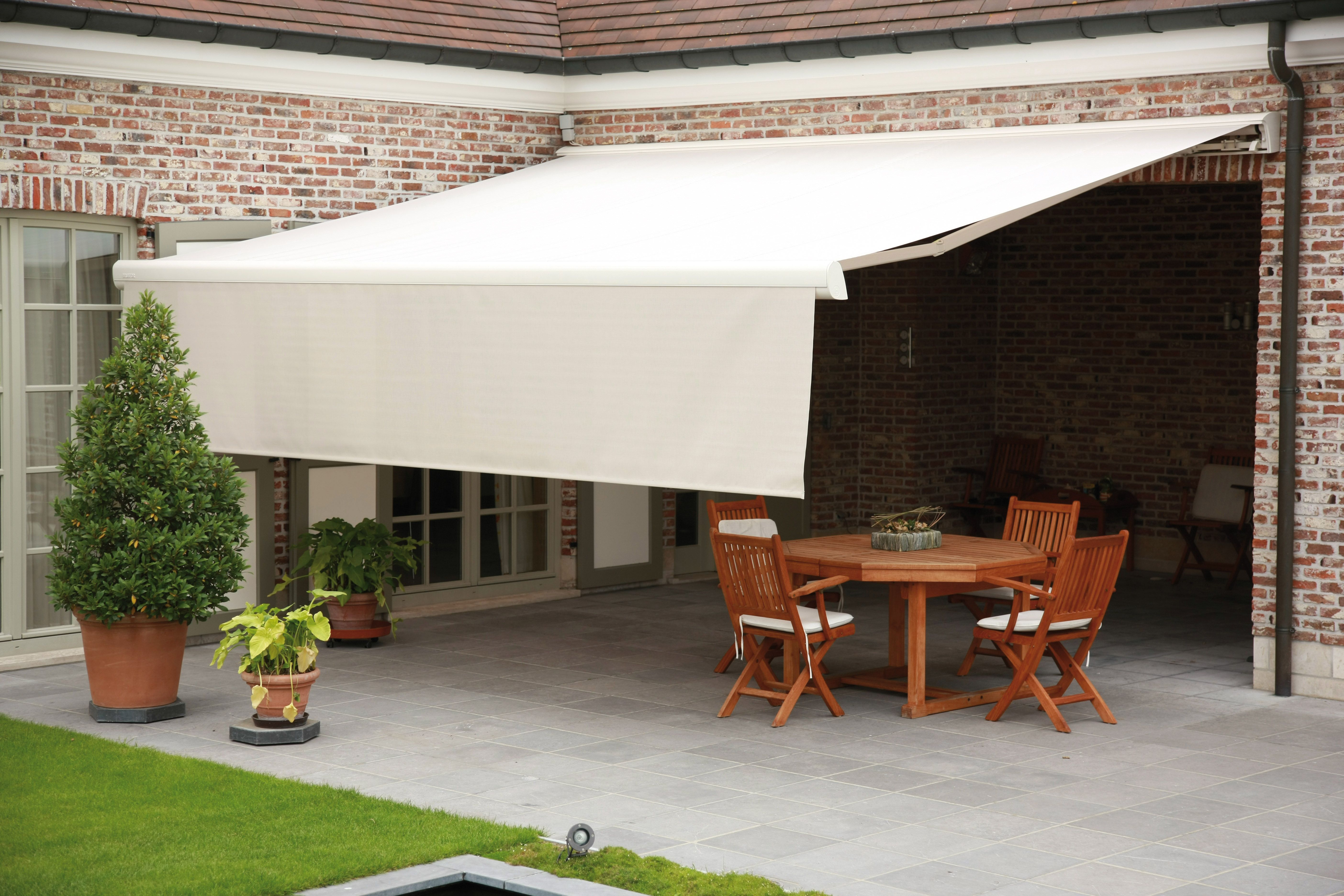 Garden Awning With Valance In 2020 House Awnings Garden Awning Patio Shade