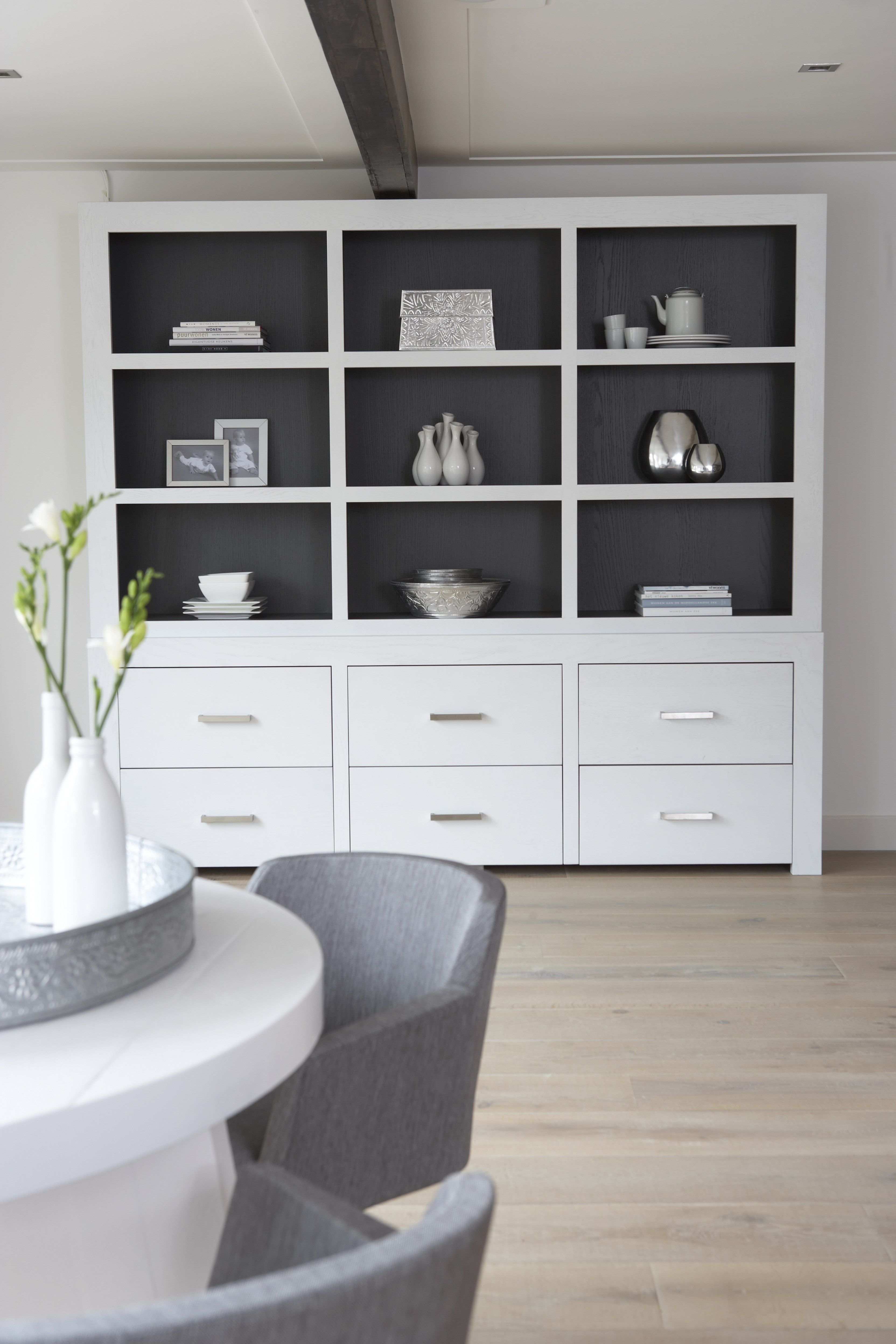 beautifull big cupboard for storing all those books and other pretty stuff home interior. Black Bedroom Furniture Sets. Home Design Ideas