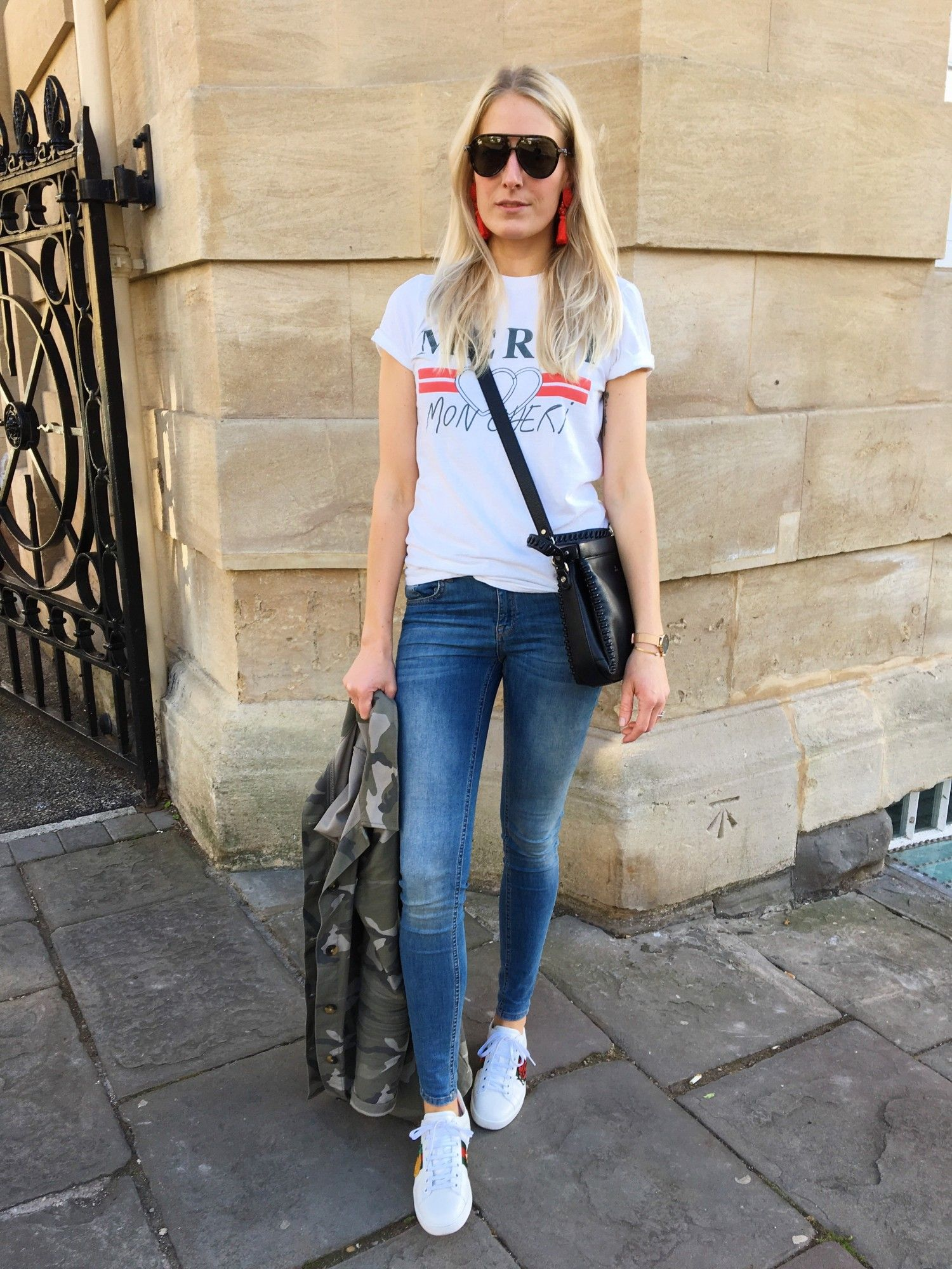 Tee – Topshop / Jeans – Gina Tricot / Coat – M&S / Trainers – Gucci ...