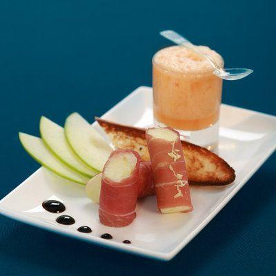 cannelloni de jambon cru et mulsion de melon amuse. Black Bedroom Furniture Sets. Home Design Ideas