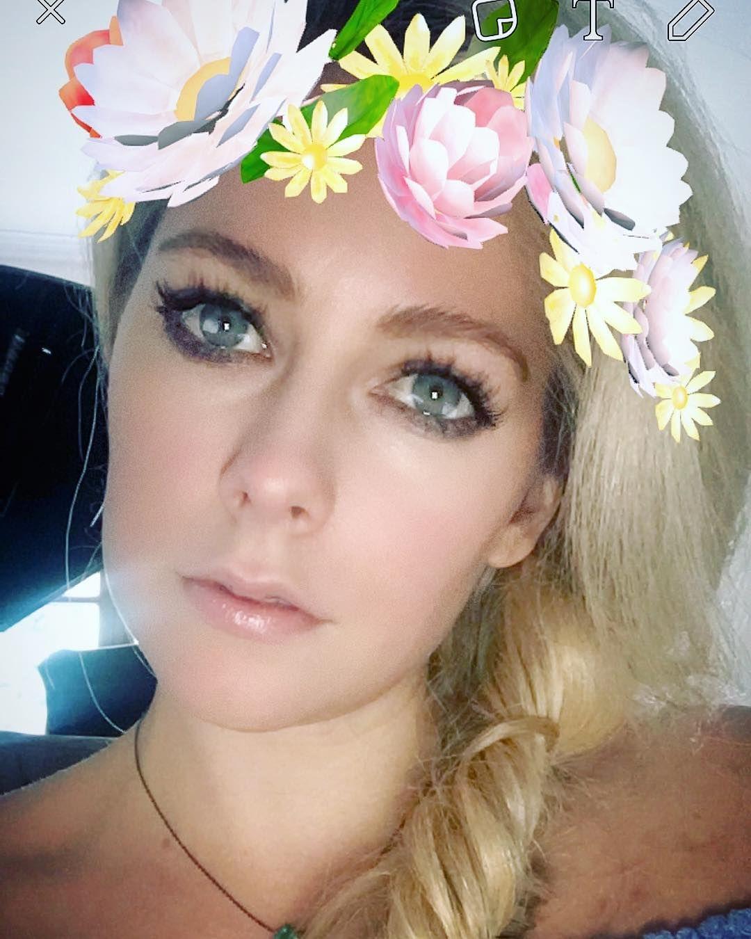 Snapchat Avril Alexander nude photos 2019