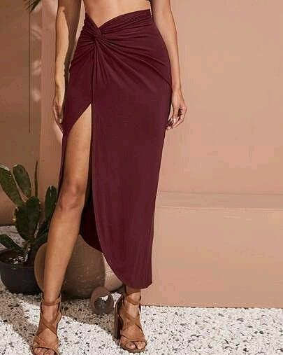 Twist Detail Split Thigh Solid Skirt ⠀ WA : 08126074628⠀ #Dress #womenstyle #womenfashion #sports #sportsfashion #fitness #gym #workout #running #jogging #zumba #cycling #legging #instafashion #fashionblogger #onlineshopping #Swimwear #trustedseller #Beach #surfing #Shoes #sportshoe #shoelovers #runningshoe #menshoe #womenshoe #bikini #8souls #denim #Jeans