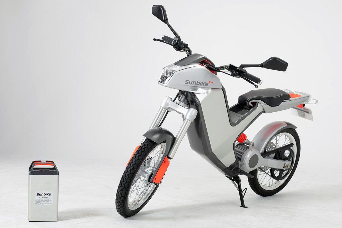 sunbike un 2 roues lectrique et conomique scooters lectriques electric scooters. Black Bedroom Furniture Sets. Home Design Ideas